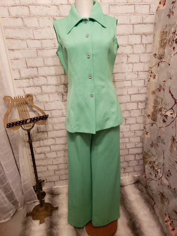 Lime green 60s 2 pc ladies suit Deadstock never wo