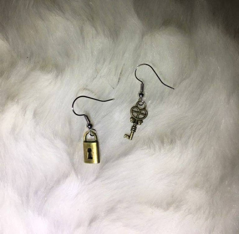 Lock and key earrings!
