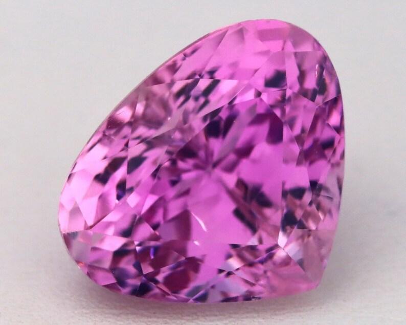 Kunzite 17.94Ct VVS Natural Afghanistan Vivid Pink Precision Pear Cut