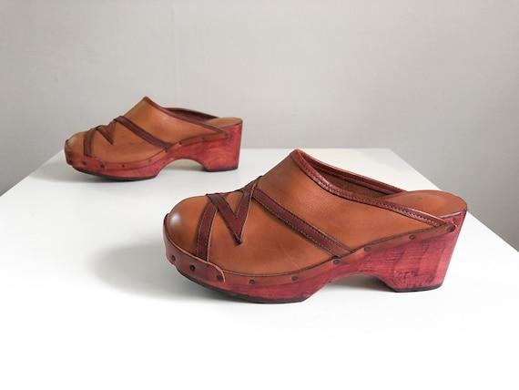 Vintage 1970s wooden platform shoes | '60s '70s br
