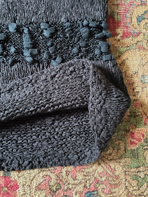 Vintage '80s hand knit sweater vest | black super… - image 4