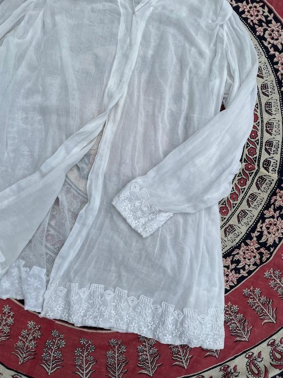 Antique Edwardian blouse, white batiste, 1910's t… - image 3