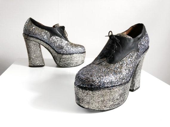Vintage 1970s glam rock glitter platforms   silver