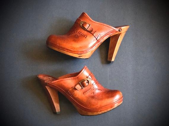 vintage 1970s high heel clogs, cognac leather clog