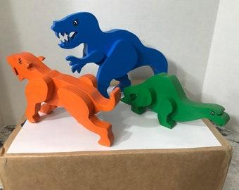 Dino-Land.   Toy Wood Dinosaurs