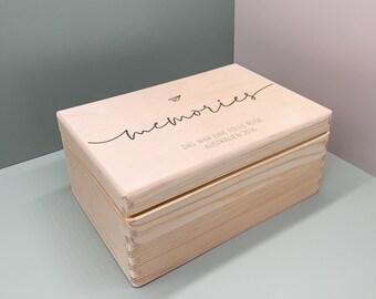 Personalisierte Erinnerungskiste Holz, Holzkiste, Holzbox mit Namen Aufbewahrung Erinnerungen Geschenk Hochzeitsgeschenk Memories