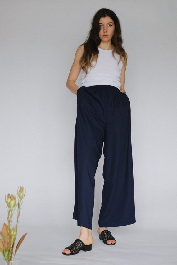 Vintage navy wide leg high waisted trousers | gauc