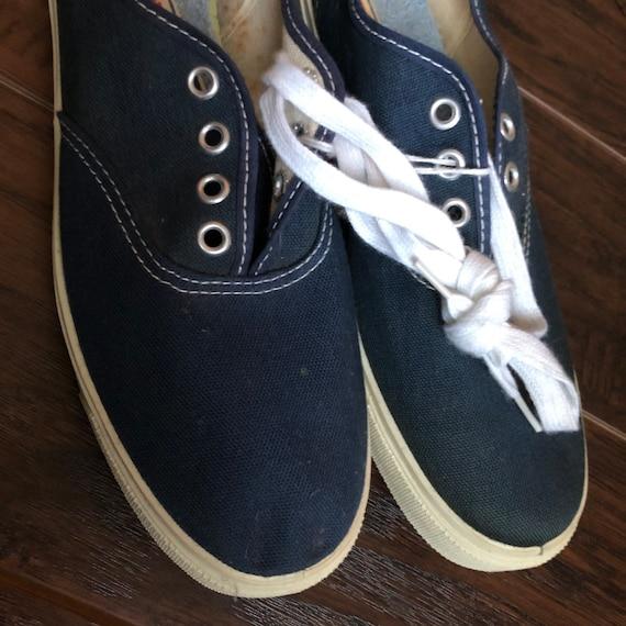 60's Vintage Women's Tennies Shoes | Deadstock - image 2