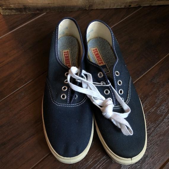 60's Vintage Women's Tennies Shoes | Deadstock - image 5