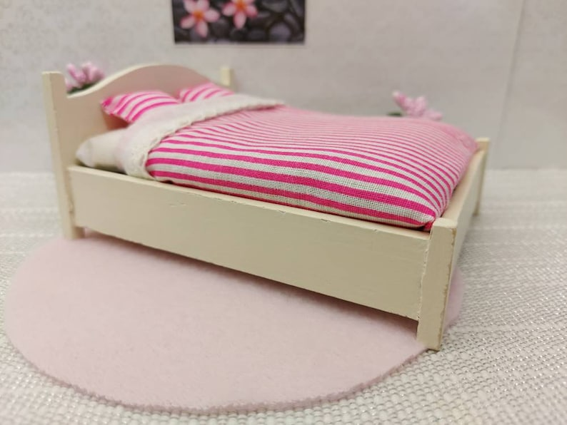 Lundby wooden original bedroom set with tiny accessories inclusive