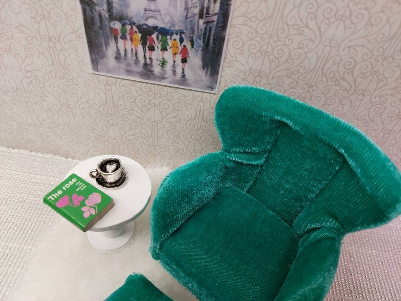 Lundby original recliner   armchair with sidetable and tiny accessories inclusive