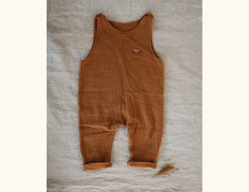 The baby and child Overalls in cotton gauze customizable