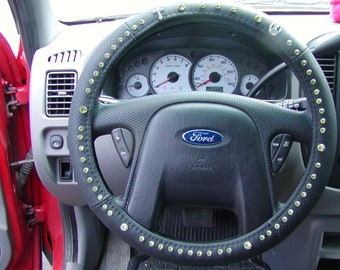 D - Gray Distress Leather Inside Grip - TravelRosary steering wheel cover