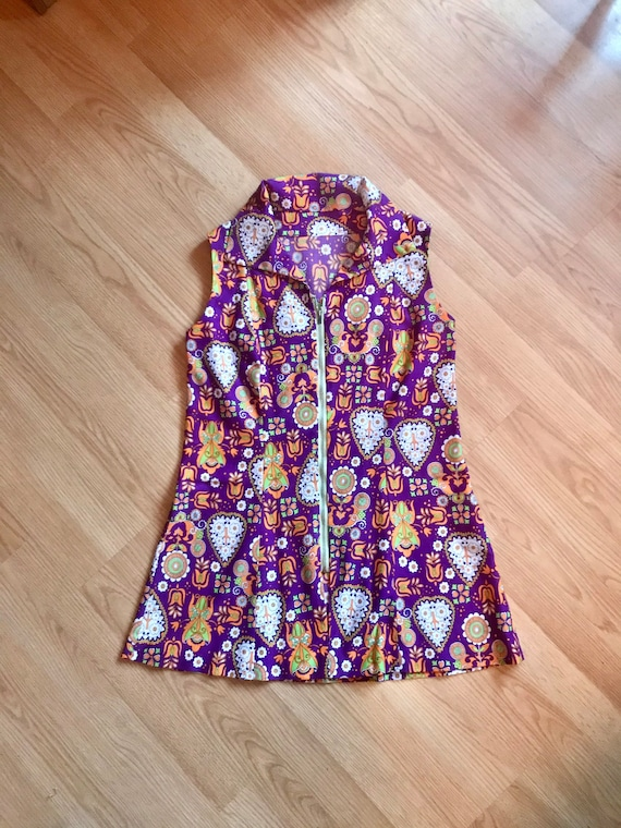 Psychedelic colourful 60s/70s folkloric print mini