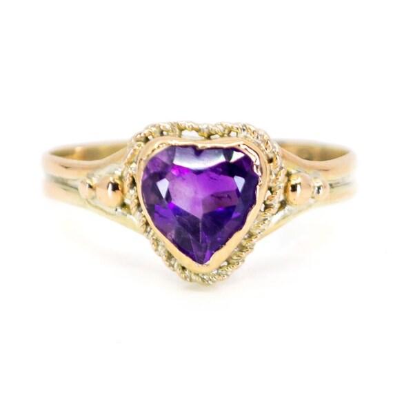 Amethyst, Gold Ring 7043LA