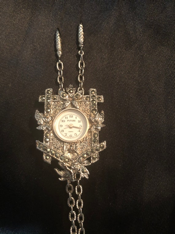 Futura 8692 Cuckoo clock pendant necklace