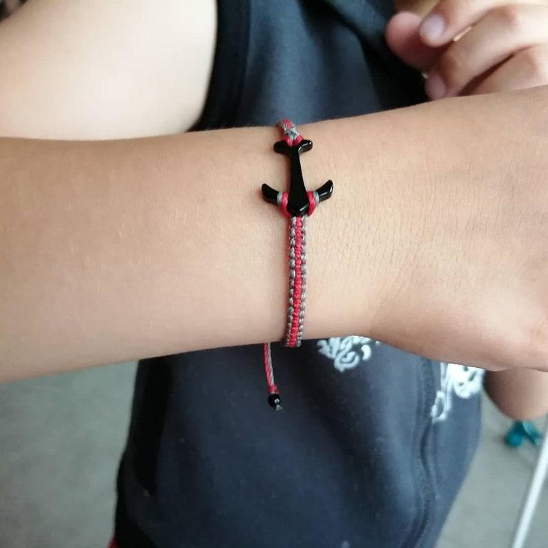 Two-tone adjustable MAN bracelet woven in micro macram\u00e9 with black anchor