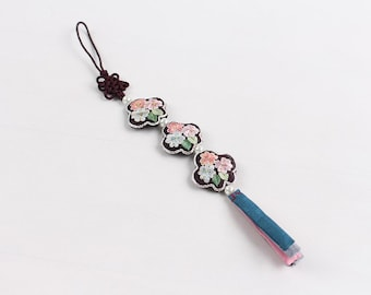 Small and adorable korean traditional ormaments cell phone straps blue butterfly