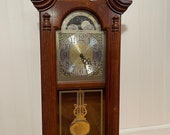 Vintage Howard Miller wall clock 620-158