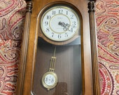 Vintage Howard Miller Chiming Wall Clock 660-465