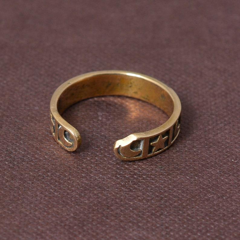 Star Ring Moon Ring Love and Peace Ring,Fun Ring Fun Ring Smiley Face Moon Star Ring Open Adjustable Ring Zodiac Ring Streetwear Ring