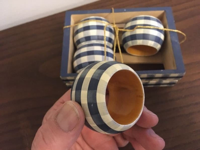 4 Vintage Classic Cottage Cabin Chic Blue Solid WOOD NAPKIN RINGS Wooden Storage Container Box Handpainted Wonderful Condition