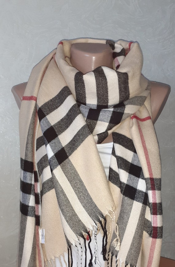 BURBERRYS vintage \Authentic Burberry wool silk lo