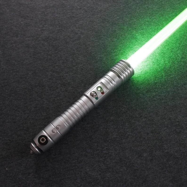Force FX lightsaber Kit fisto image 0