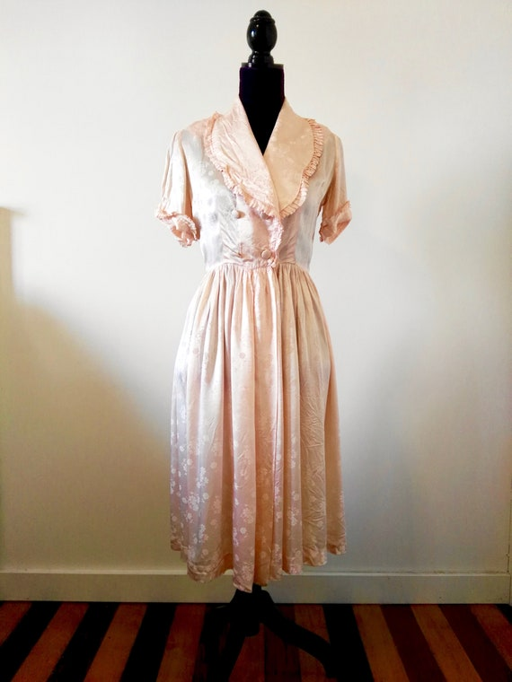 Pale Pink Housecoat and Matching Full Slip - Small