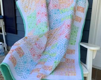 Owls print quilt, Handmade Lap Throw Quilt, Children's blanket, Travel blanket, Young girls quilt, Lap blanket