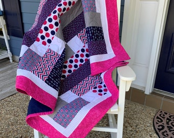 Pink,Navy, White Lap Quilt,  Linear pattern, Pink- Blue-White Girls quilt,  Handmade girls quilt, Lap Blanket, Play blanket, Throw quilt