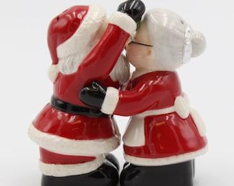 Santa Christmas Salt and Pepper Shakers