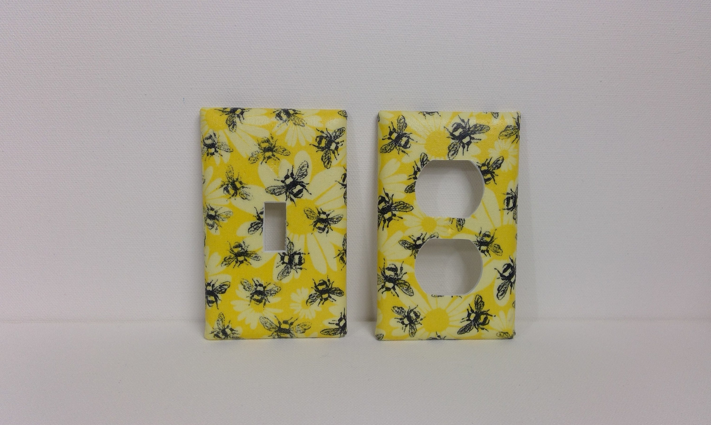Wall Plates /& Outlet Covers Daisy Bee Ceramic Switch Plates