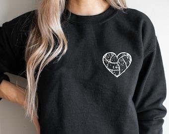Volleyball Sweatshirt, Volleyball Mom, Volleyball Distressed Crewneck Sweatshirt, Volleyball Season, Volleyball Team Sweater, Volleyball Fan