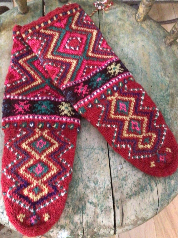 Vintage wool slippers/ Traditional ethnic style so