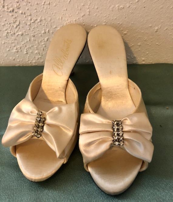 Vintage women's shoes size 6 - image 1
