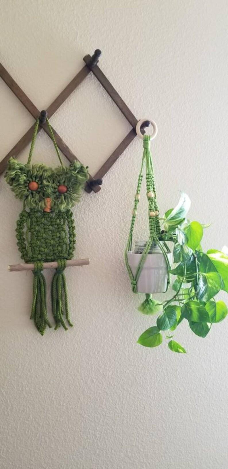 Handmade Gift Macrame Plant Hanger BOHO Vintage Green Macrame