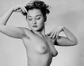 Vintage Glamour Girls - 10 Pictures - 022