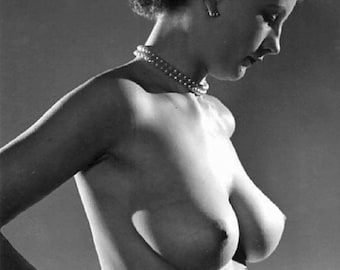Vintage Glamour Girls - 10 Pictures - 024