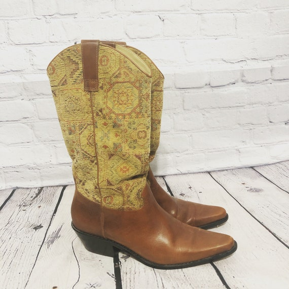Matisse Western Fabric Shaft Boots Size 9