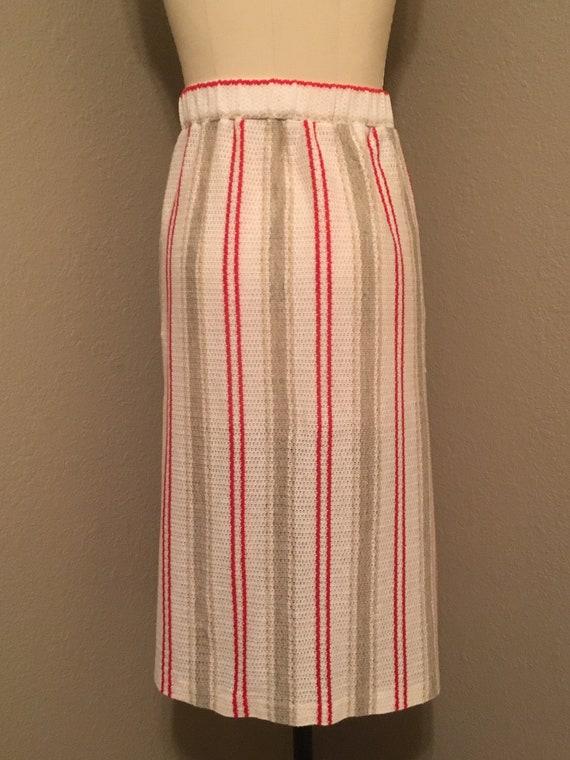1970's Plus Size Vertical Stripe Knit Midi Skirt … - image 5