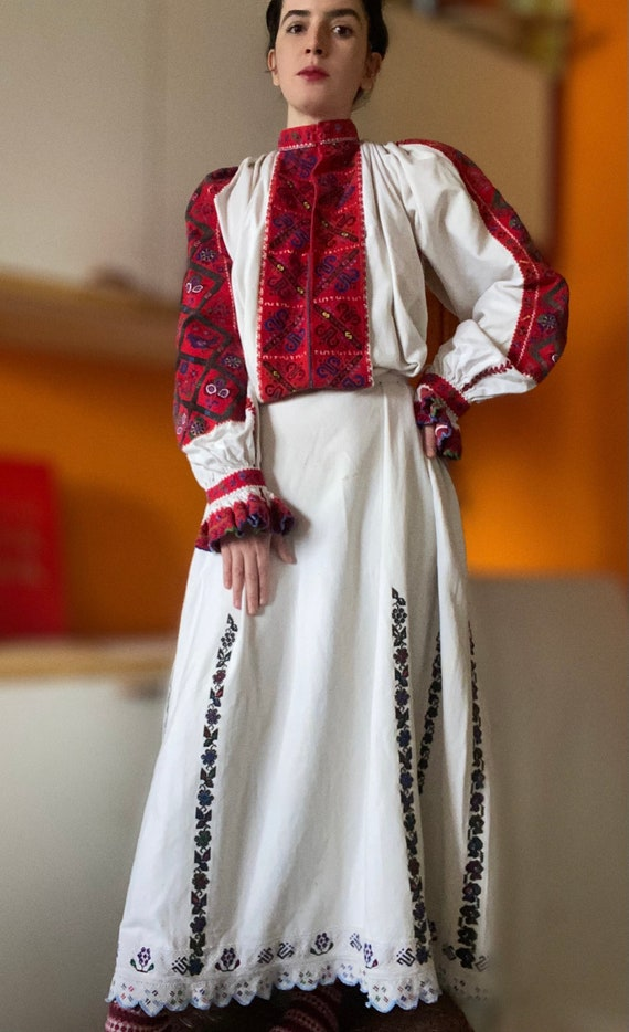 1930s folkloric romanian dress, hand embroidered,