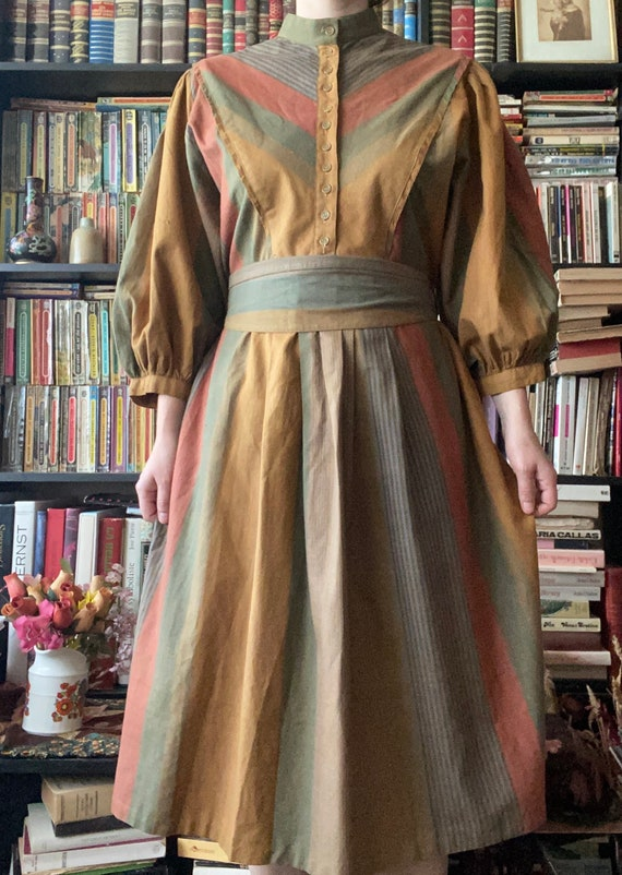 1970s Phool dress, mao collar, buttoned front, mat