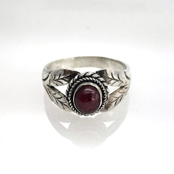 Sterling silver ring with cabochon Ruby - image 1