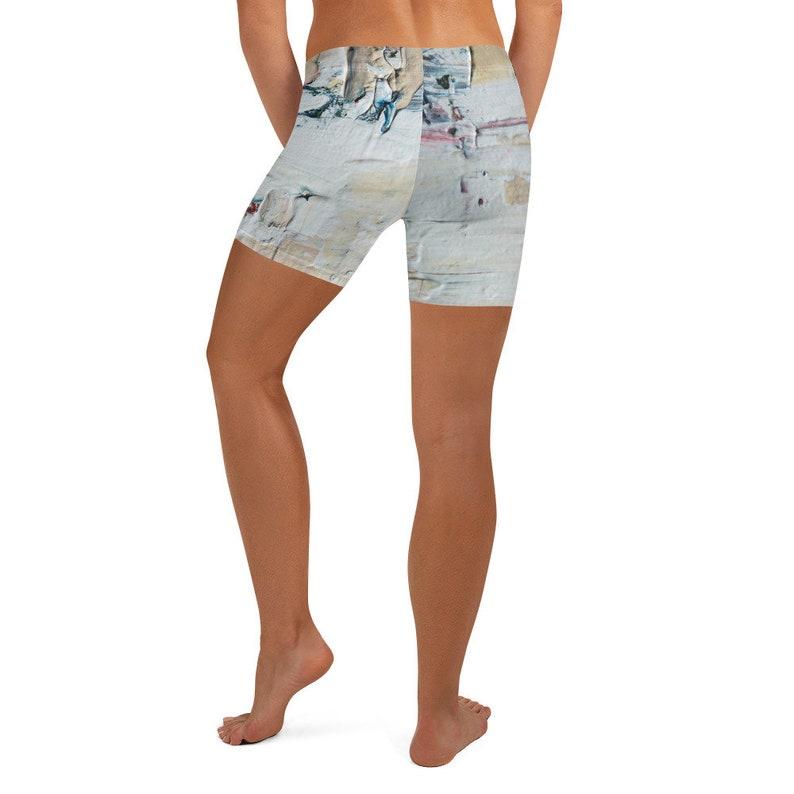 Women/'s Shorts Abstract Paint Splat Design