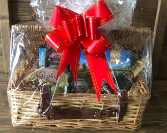 DIY Hamper Kit, Everything You Need To Create Your Own DIY Hamper Gift For Her Sturdy Wicker Basket With Lid