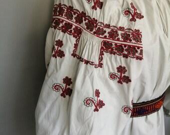 archaic black vyshyvanka ukrainian dress vintage vyshyvanka vintage\u30a6\u30af\u30e9\u30a4\u30ca \u523a\u7e4d \u30a2\u30f3\u30c6\u30a3\u30fc\u30af \u30a6\u30af\u30e9\u30a4\u30ca \u523a\u7e4dukrainian embroidery vyshyvanka ukrainian blouse