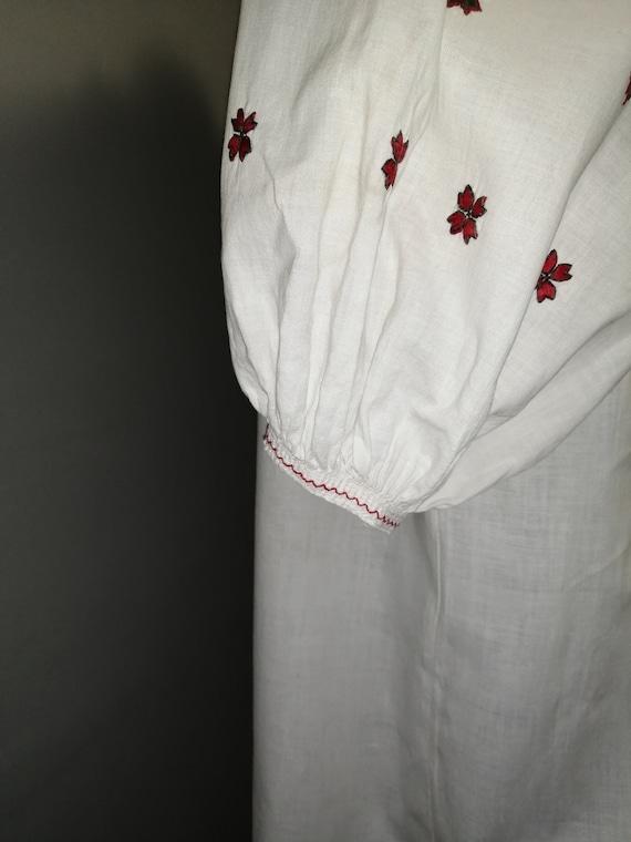 Vintage traditional Ukrainian embroidered dress V… - image 4