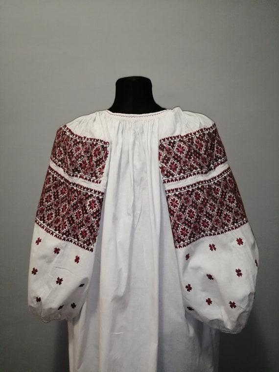 Vintage traditional Ukrainian embroidered dress V… - image 8