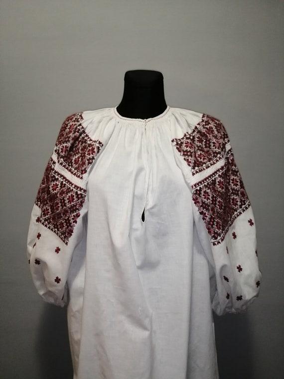 Vintage traditional Ukrainian embroidered dress V… - image 3